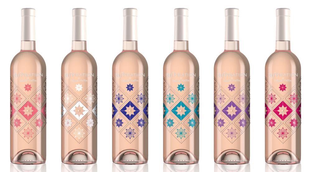 bouteilles de vins avec décor imprimé