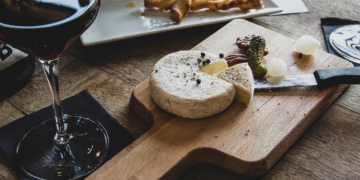 Quel vin choisir pour accompagner une dégustation de fromage ?