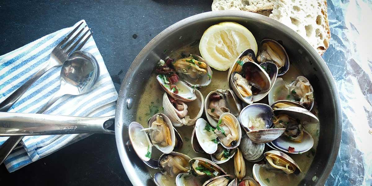 Gabriel Meffre vous conseille pour choisir les vins à déguster avec coquillages et crustacés.